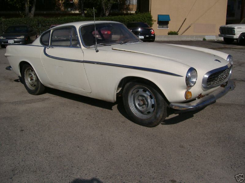 Volvo P1800 1966 Pearl white (79)
