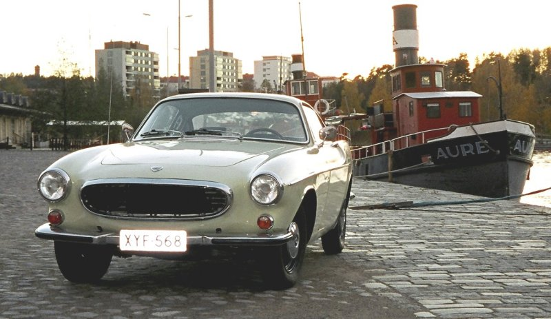 Volvo P1800 1967 light green (91)
